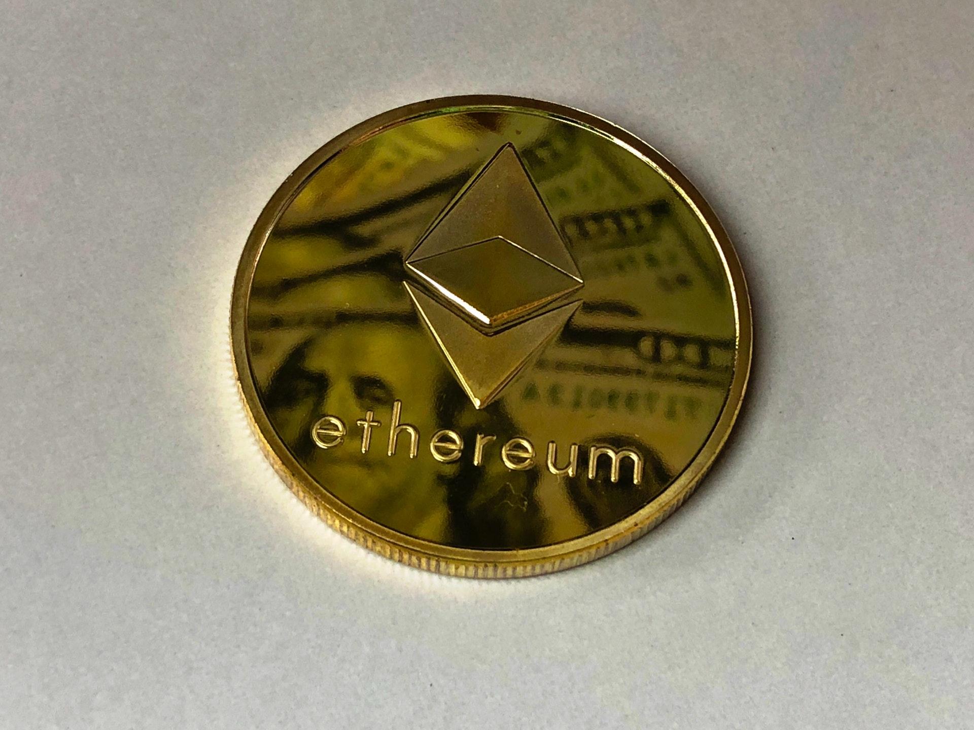 Wanneer moet u ethereum kopen en verkopen?